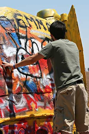 more graffiti on the cadillacs