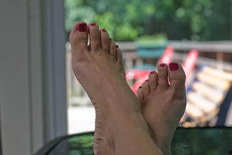 nothing like bare feet