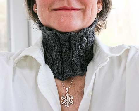 kaceys cabled cowl