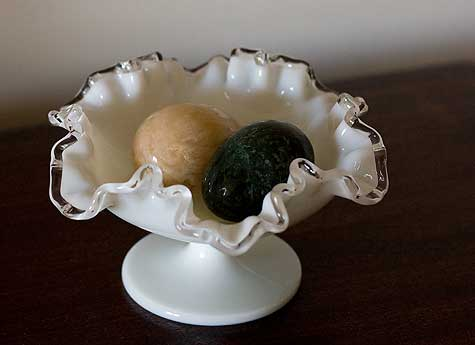 ruffled edge milk glass bowl