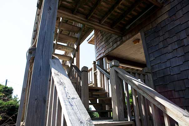 outer-banks-stairs