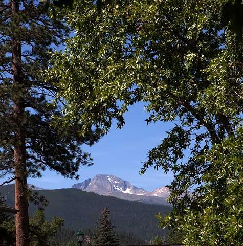 rocky-mountains-longs-peak