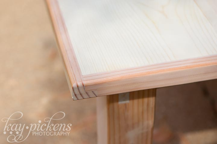 farmhouse table edges