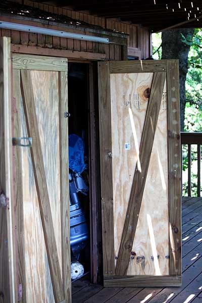 lake-house-chores-7898