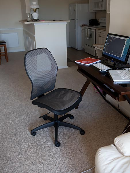 mac-desk-6501