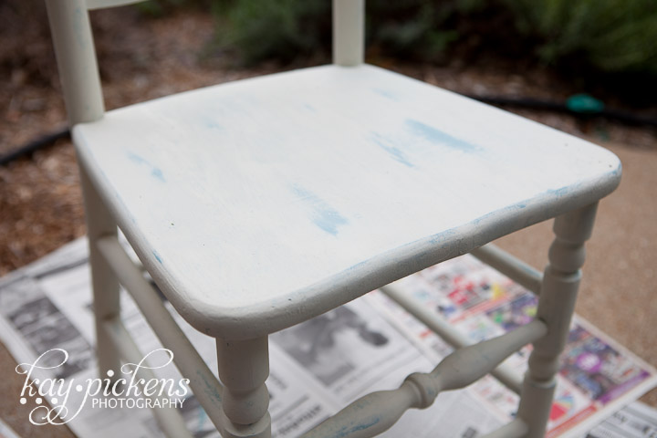 distress chalk paint