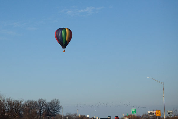 hot air balloon in freezing weather
