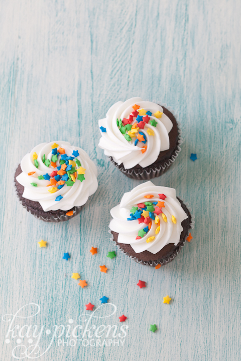 three cupcakes food photography