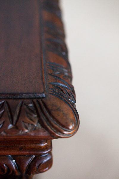 edge trim on wooden bar